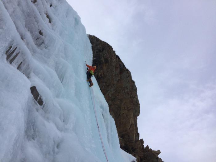 Tre attrezzi imperdibili per l'arrampicata su ghiaccio