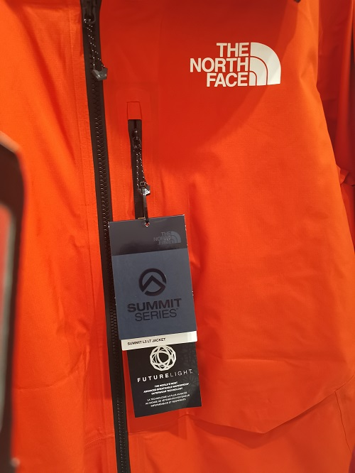 THE NORTH FACE PRESENTA FUTURELIGHT